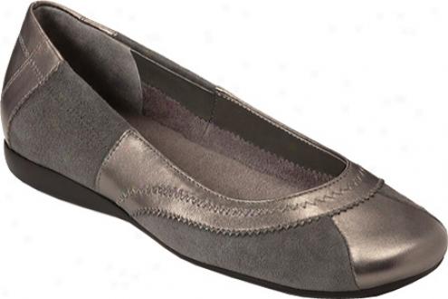 Aerosoles Printz Media (women's) - Dark Solver Leather/suede