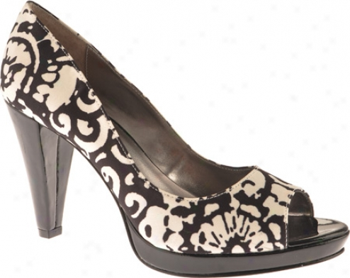Ak Anne Klein Evalyn (women's) - Black/ivory Floral Fabric