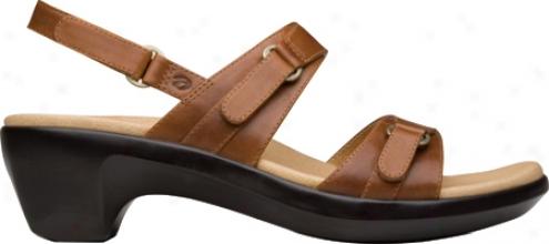 Aravon Phoebe (women's) - Tan Pull Up Leather