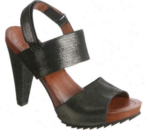 Bacio 61 Vandoies (women's) - Black Leather