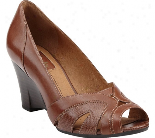 Clarks Domino Spin (women's) - Brown Leather