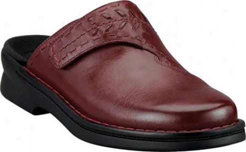 Clarks Patty Morocco (women's) - Wine Leather