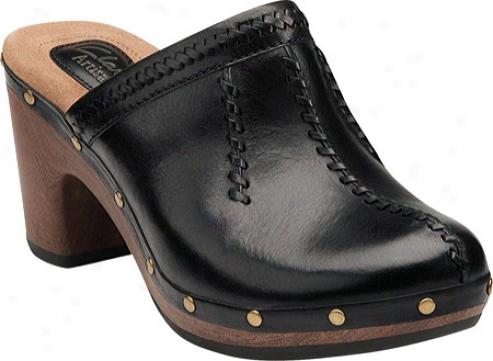 Clarks Sagamore Dell (women's) - Black Leather