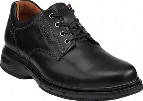 Clarks Un.centre (men's) - Black Leather