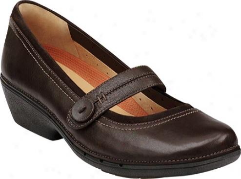 Clarks Un.charm (women's) - Dark Brown Leather