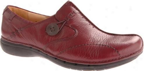 Clarks Un.loop (women's) - Burgundy Leather