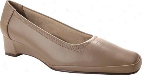 Easy Street Freedom (women's) - Taupe Smooth/stretch