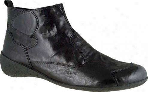 Elites Reba (women's) - Black Shrunken Waxy Leather