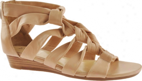 Enzo Angiolini Nieve (women's) - Natural Leather