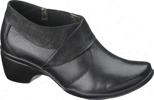 Hush Puppies Federal (women's) - Black Leather/nubuck