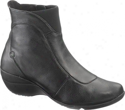 Hush Puppies Thrive (women's) - Black Leather