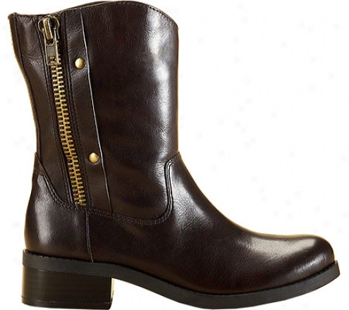 Jessica Simpsom Toots (women's) - Dark Brown Waxy Vachetta