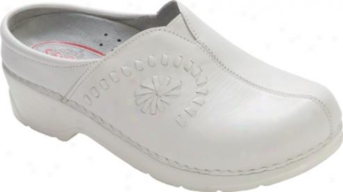 Klogs Portofino (women's) - Whitr Smooth Leather