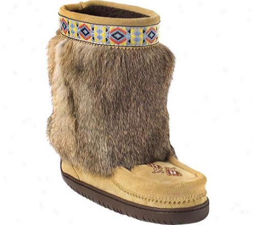 Manitobah Mukluks Half Trim Vibram Sole Mukluk (women's) - Tann CowhideS uede/rabbit Fur