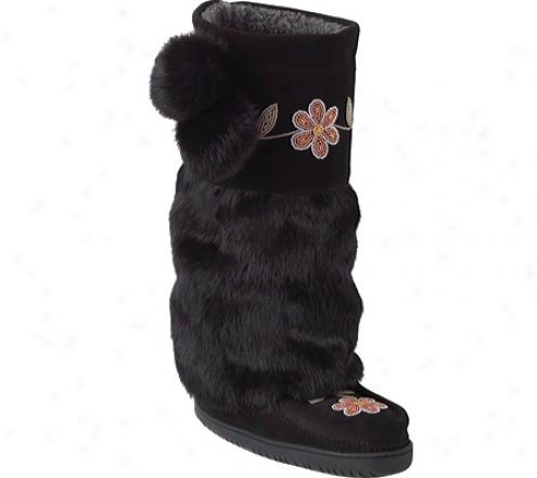Manitonah Mukluks Metis Suede Mukluk (women's) - Black Cowhide Suede/rabbit Fur/crepe