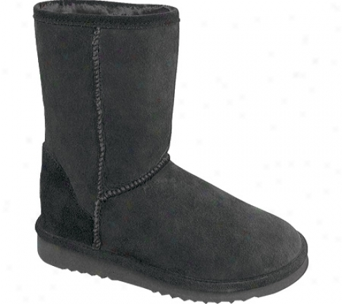 """minnetonka Classic Pug Boot 9"""" (women's) - Black Sheepskin"""