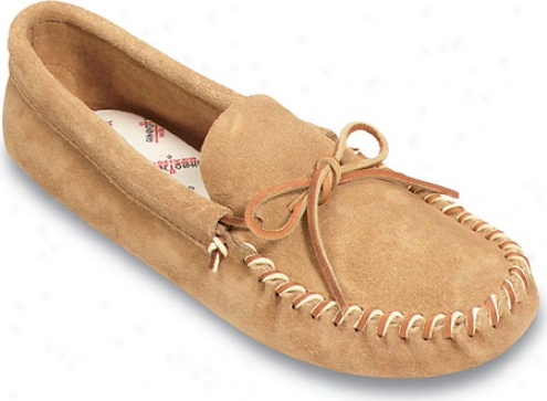 Minnetonka Leather Laced Softsole (men's) - Tan Suede
