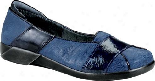 Naot Architect (women's) - Indigo Sky Leather/navy Patent Leather