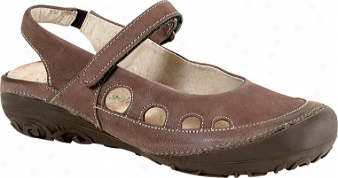 Naot Believe (women's) - Chocolate Leather