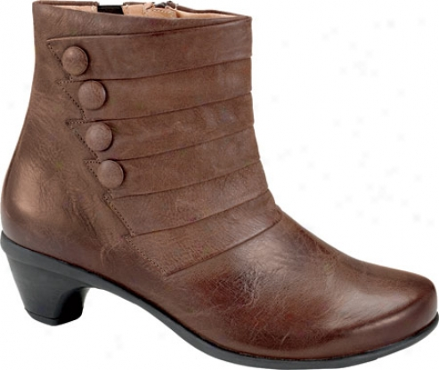 Naot Legend (women's) - Brushed Macadamia Leather