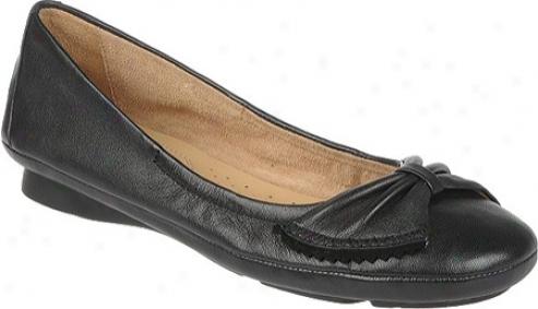 Natturalizer Capri (women's) - Dismal Alce Leather