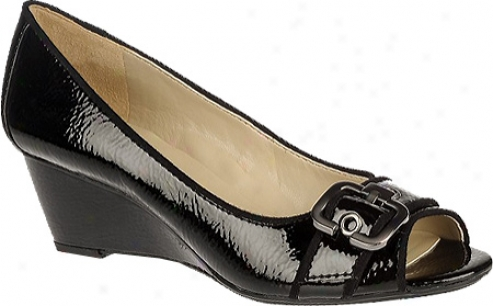 Naturalizer Hidi (women's) - Black Shiny Patent Pu