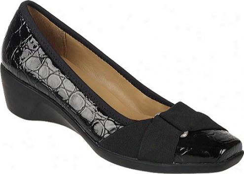 Naturalizer Landon (women's) - Black Shiny Croco Patent Pu