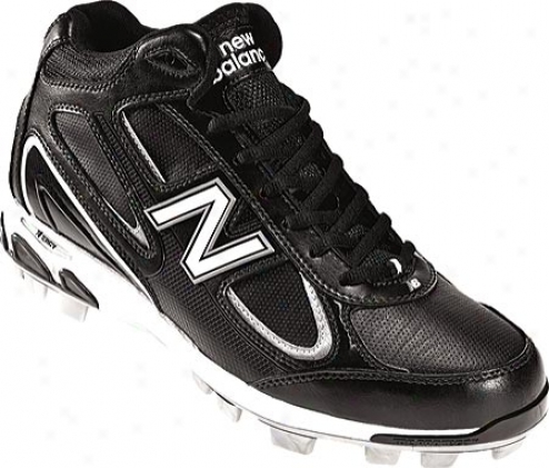 New Balance Mb823m (men's) - Black