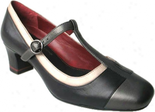 Oh! Shoes Milli (women's) - Black Nappa Combo