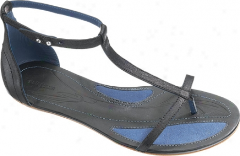 Patagonia Bandha T-strap (women's) - Black Full Particle Leather