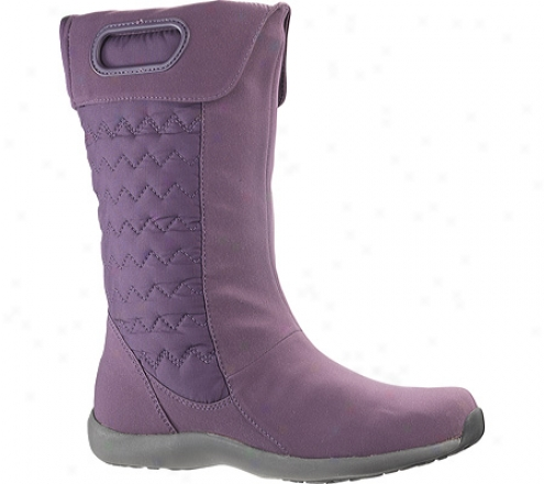 Patagonia Fiona Quilted Mid (women's) - Deep Plum Nylon