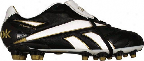 Reebok Integrity 09 Pro Hg (men's) - Black/white/gold