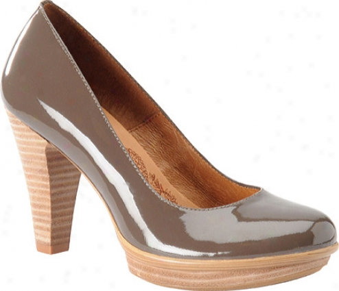 Sofft Ramona (women's) - Taupe Grey Patent Leather
