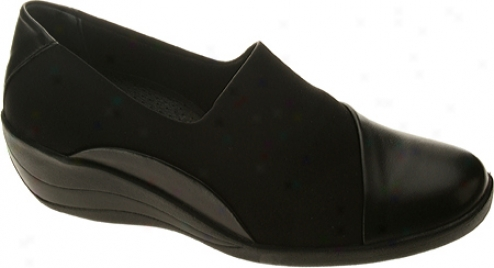 Spring Step Amanda (women's) - Black Leather/lycra