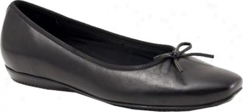 Trotrera Carlee (women's) - Black Soft Kid Leather