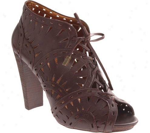 Vibce Camuto Carma (women's) - Dark Brown Baby Calf