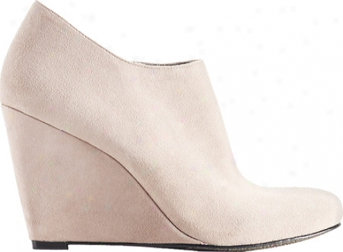 Vince Camuto Dollys (women's) - Fawn True Suede