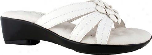 Walking Cradles Candice (women's) - Whitee Nappa