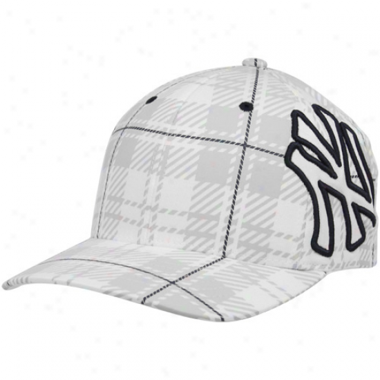 '47 Brand New York Yankees Pale Provoker Closer Flex Hat