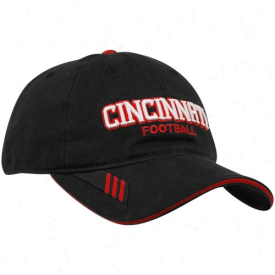 Adidas Cincinnati Bearcats Black Coaches Sideline Adjustable Hat