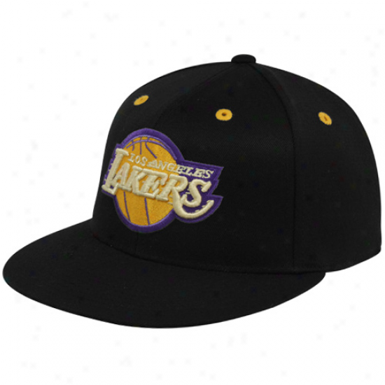 Adidas Los Angeles Lakers Black Flat Bill 210 Fitted Hat