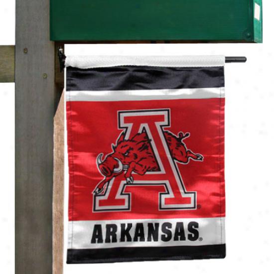 Arkansaa Razorbacks Cardinal 11.5'' X 13'' Garden/mailbox Flag