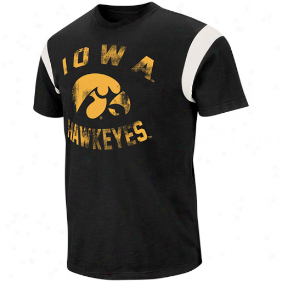 Iowa Hawkeyes The Wild Premium T-shirt - Black