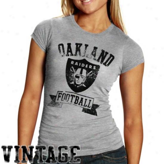 Junk Food Oakland Raiders Ladies Royal Blue True Vintage Premium T-shirt