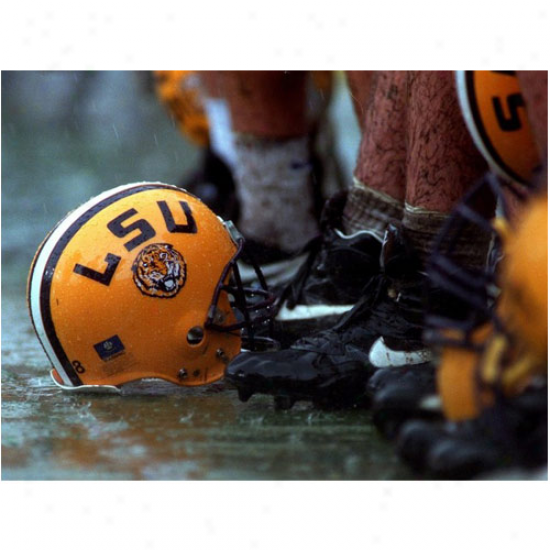 Lsu Tigers 20'' X 15'' Helmet Rain Photographic Print