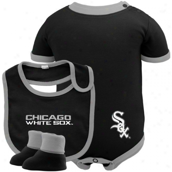 Majestic Chicago White Sox Black 3-piece Creeper, Bib & Booties Set