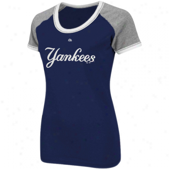 Majestic New York Yankees Ladies All My Heart Fashion Top - Navy Blue-gray