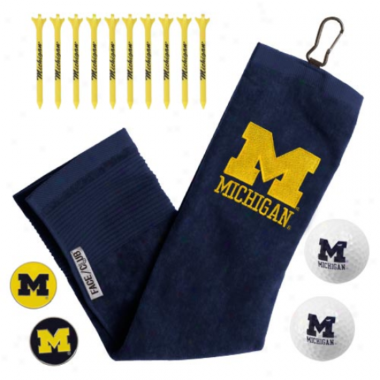 Michigan Wolverines Golf Gift Set