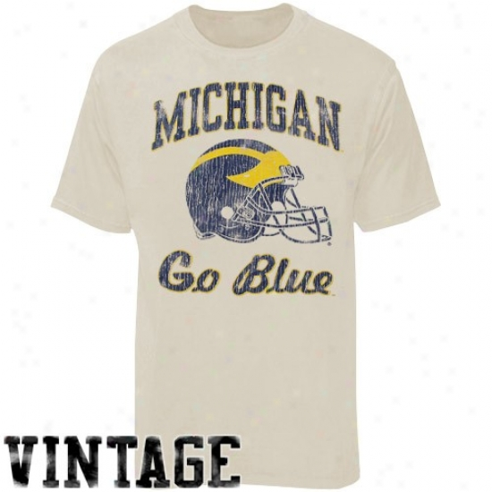Michigan Wolveribes Stone Football Super-soft Vintage T-shirt