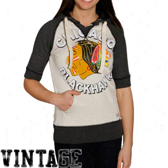 Mitchell & Ness Chicago Blackhawks Ladies Natural-black Game Winning 1/4 Sleeve Hoody Sweatshirt
